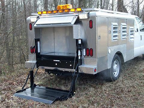 Aluminum dog boxes live traps handling equipment